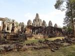 Angkor_Thom_Bayon_08.jpg