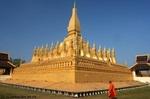 Pha_That_Luang_Vientiane_Laos.jpg